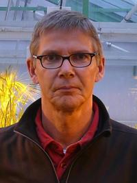 <b>Uwe Sonnewald</b> - 200x